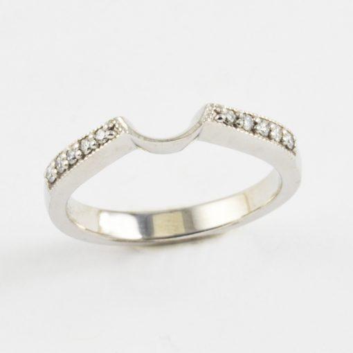 Earthwise Jewelry Amelia pave diamond contoured wedding band