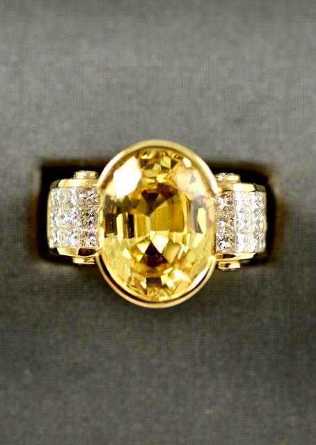 Vintage Leber Jeweler 11.60ct golden yellow sapphire and invisible set diamond ring.