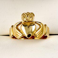 Leber Jeweler Claddagh Irish ring