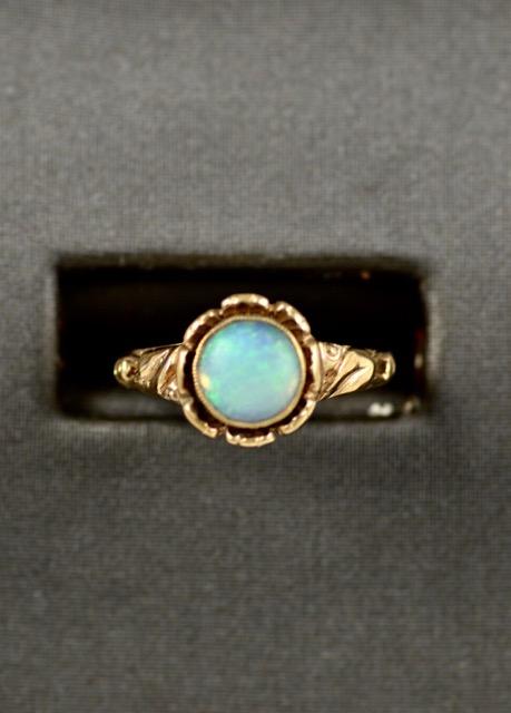 Leber Jeweler opal flower ring