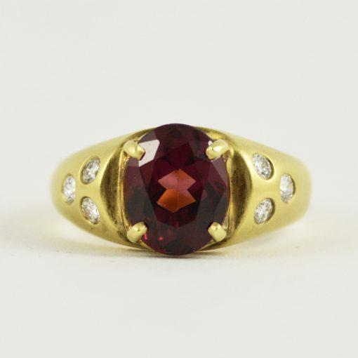 18k yellow gold vintage rhodolite garnet and diamond ring